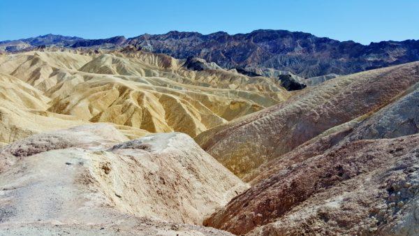 תצפית בפארק לאומי עמק המוות
