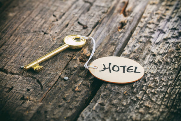 """איך להזמין מלון בארה""""ב: 5 טיפים מועילים"""